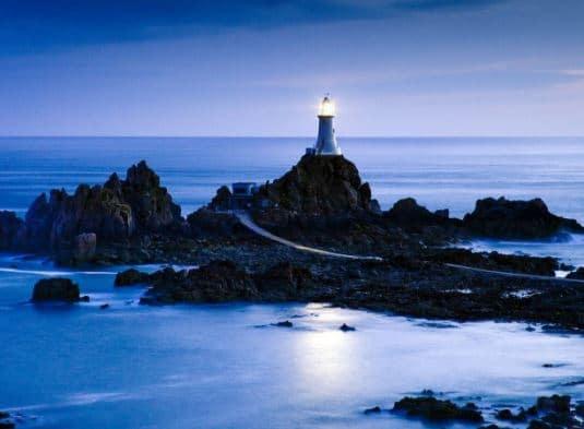 Rüyada Deniz Feneri Görmek